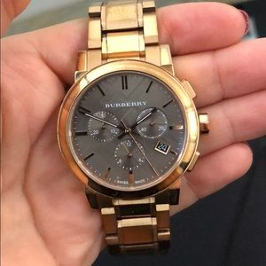 💯 Authentic Burberry watch rose gold and blue